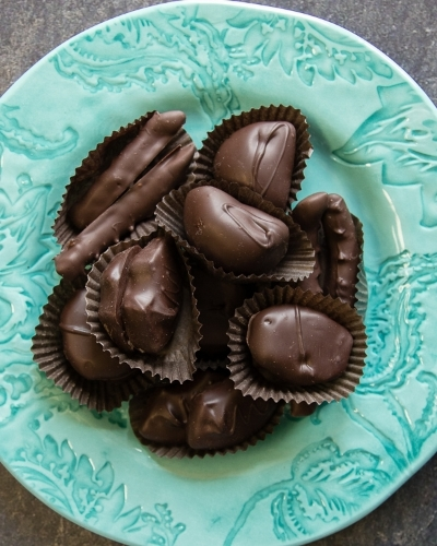 Picture of Chocolate Covered Fruit